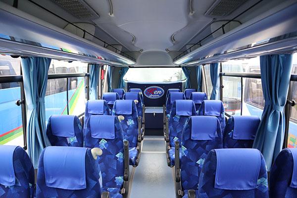 貸切バスをチャーターする時に、貸切バス料金の他にかかる費用とは?